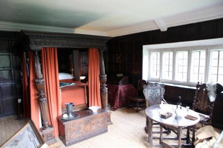 Four Poster Bed in Elizabethan bedroom