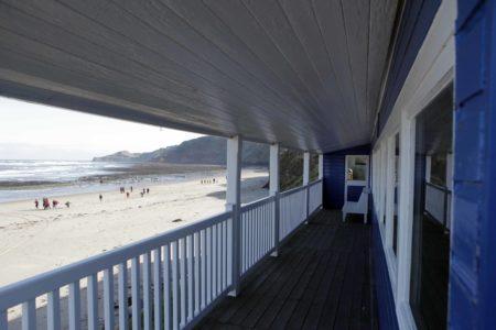 Blue Beach House Balcony