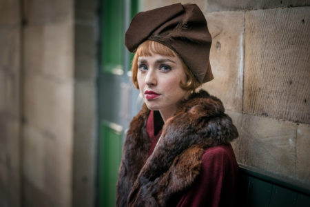 lady brown hat